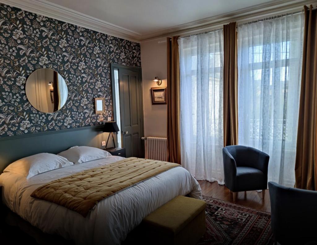 Rénovation Chambre d'hôtes par Le Pompon sur la Déco décoratrice d'intérieur à Cherbourg UFDI 50