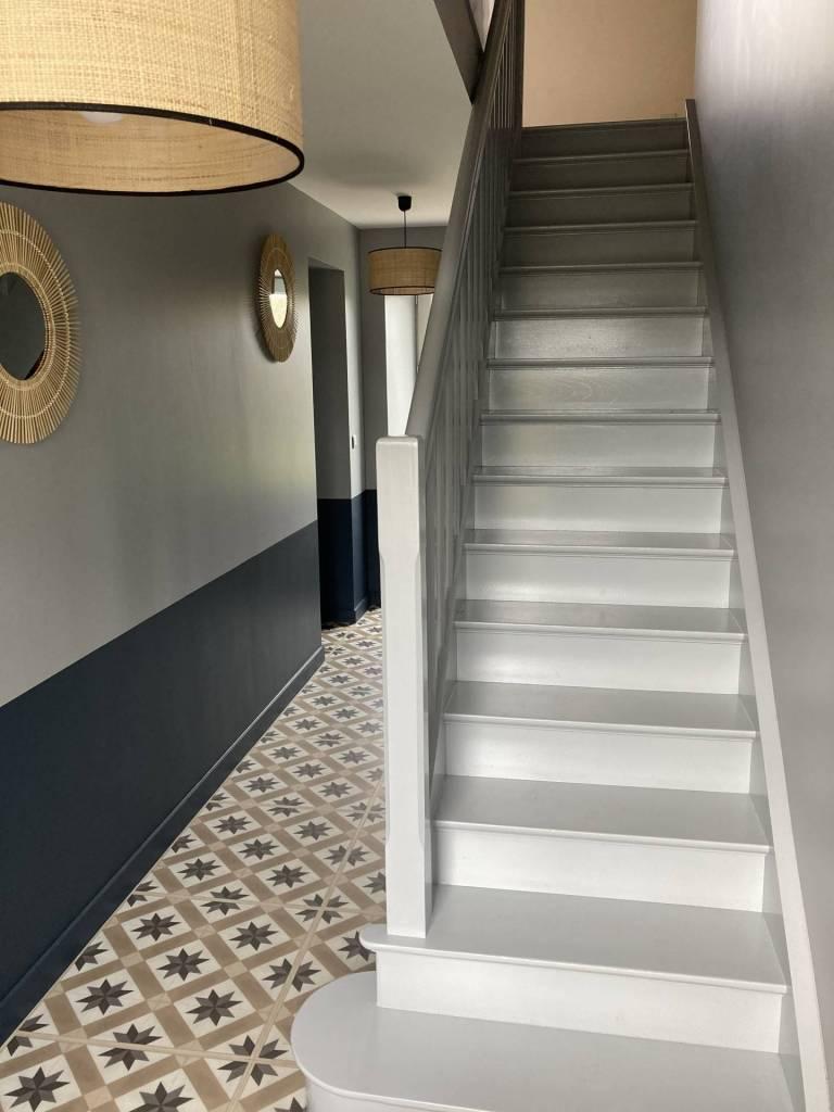 Rénovation d'une entrée par Le Pompon sur la Déco décoratrice d'intérieure UFDI Cherbourg 50